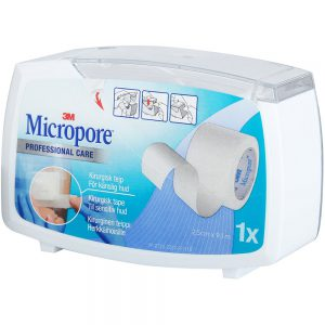 Micropore kirurgisk tape 2,5cm x 9,14m (hvit), med dispenser, for sensitiv hud, 1 stk, ApotekForDeg, 841476